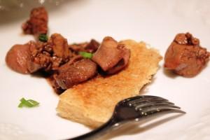 Petit épeautre du Quercy Blanc comme une polenta cœurs et foies de volaille